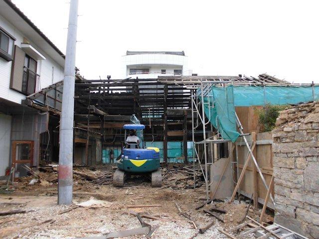よこまちや建物解体  母屋解体中 2
