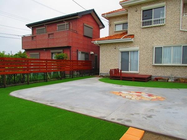 F様邸フェンスとお庭の完成