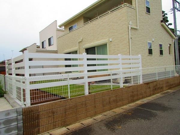 お庭の完成フェンス設置外観I様8