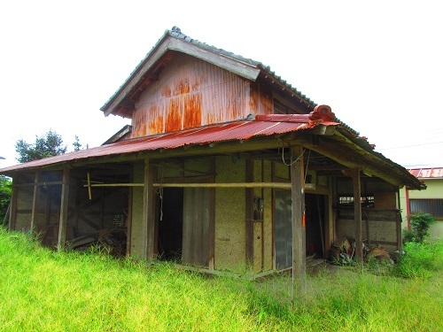 長正村I様邸解体工事前の物置2