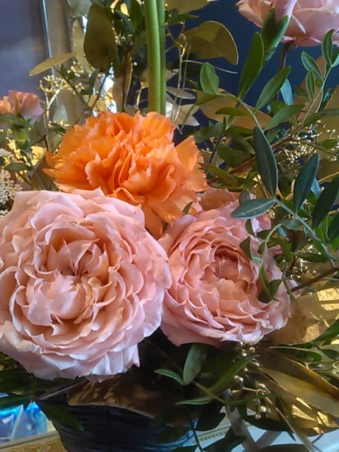 レ・ヴァコンスさんからのお花