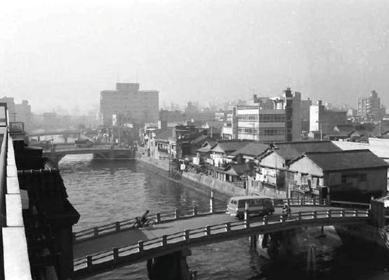 日本橋中洲の橋