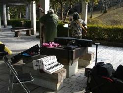 鏡山公園でアコーディオン20180121-2