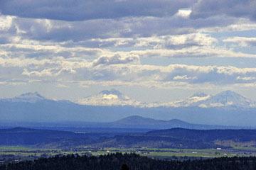 blog 48 Prineville, Ranch & Milou, Three Sisters, OR_DSC0608-5.01.16.jpg