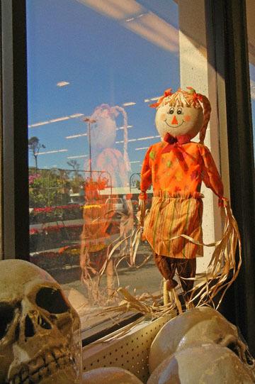 blog CP9 Halloween Dolls, Fort Bragg, CA_DSCN5806-10.5.17.jpg