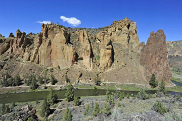 blog 50 Smith Rock State Park (26E-Lone Pine Road), OR_DSC0740-5.02.16.(2).jpg
