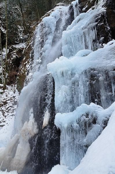 2白糸の滝18.01.28