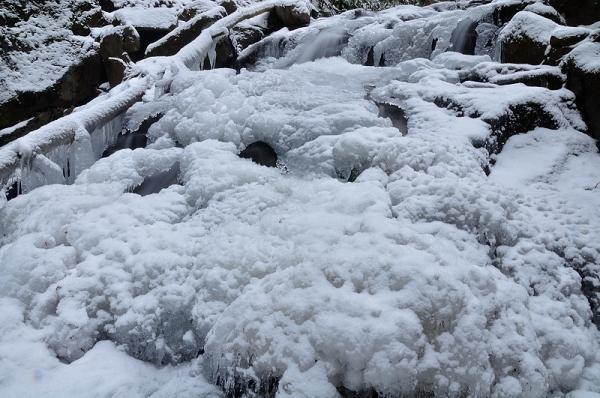 9白糸の滝18.01.28